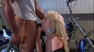 Sucks Broad in the beam Cock In The Bathroom - Marc Wallace And Bridgette Monroe
