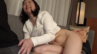 Japanese amateur hot MILF hot sex video